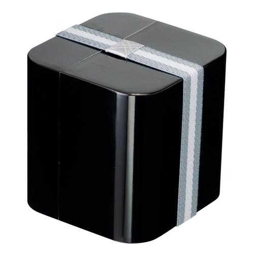キューブランチボックス